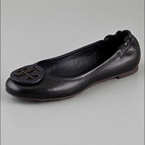 Tory Burch Pebbled Black Leather Minnie Flats 7.5